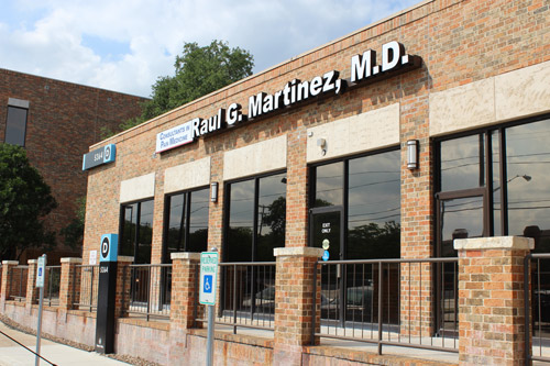 build D of   Texas pain specialists Dr. Raul G. Martinez